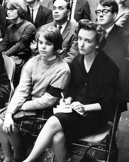 tinker v des moines ruling School students from des moines, iowa, who wore black armbands to school in protest of the united states' involvement in vietnam still, the supreme court's decision in tinker.