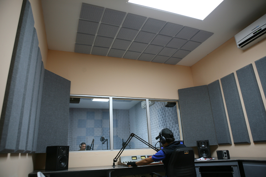 Acoustical Solutions For Home Theater : Acoustical solutions returns to nab show make