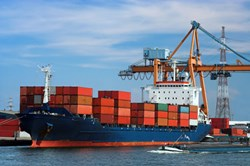 shipping services to Dubai