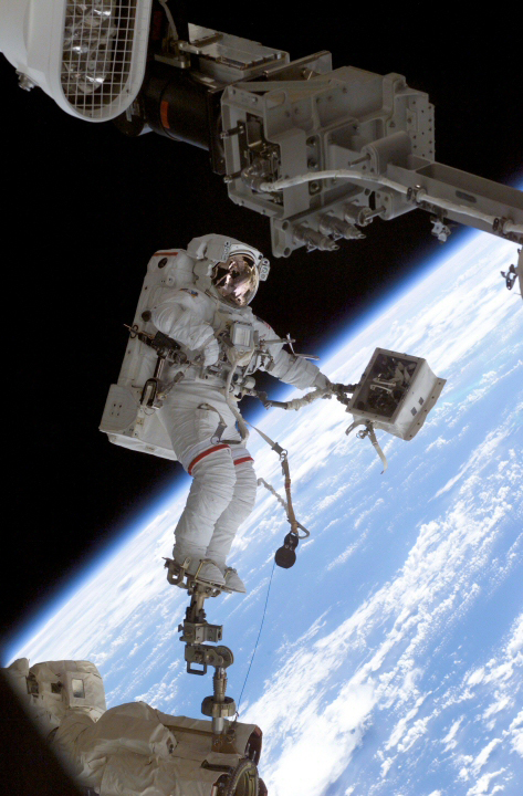 astronauts in space experience - photo #13