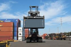 CakeBoxx Technologies designs, builds, markets, licenses and sells the patented CakeBoxx line of cargo shipping containers to the global intermodal transportation market.