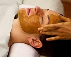 Ayurvedic facial training