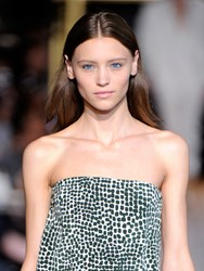 A turquoise eyeliner was seen in Stella McCartney's Spring 2013 runway show.