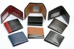 Italian leather bi-fold and tri-fold mens wallets