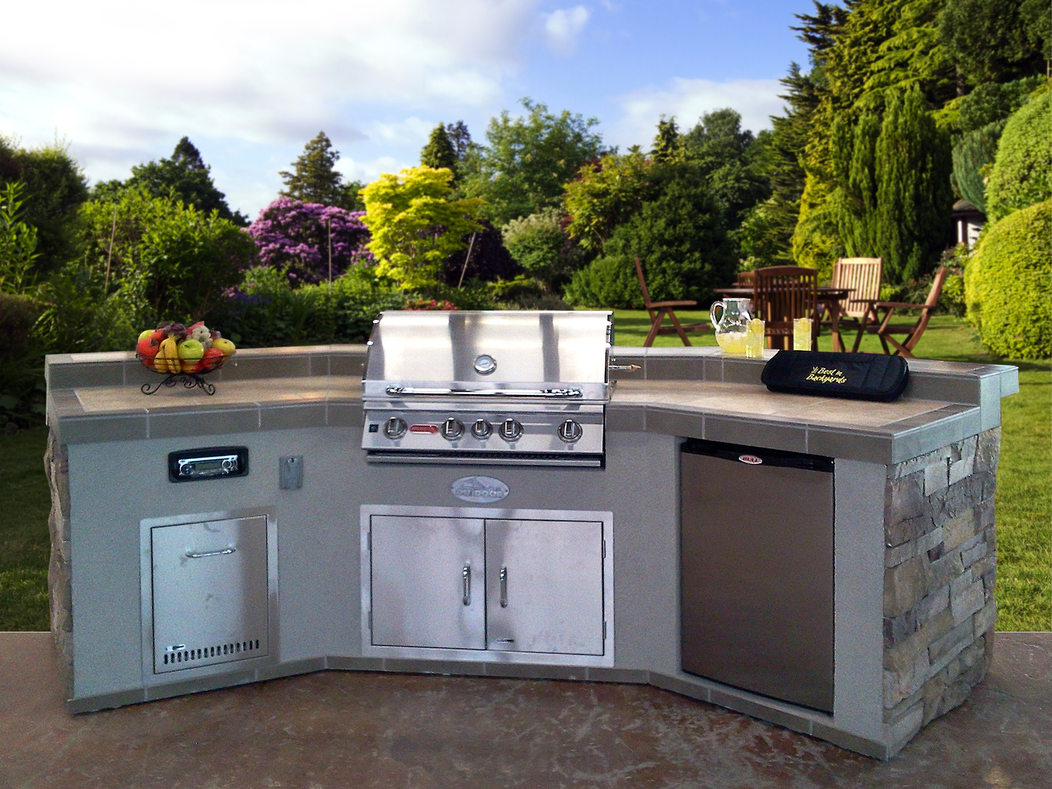 Best in backyards announces tips for increasing property value for Outdoor kitchen units uk