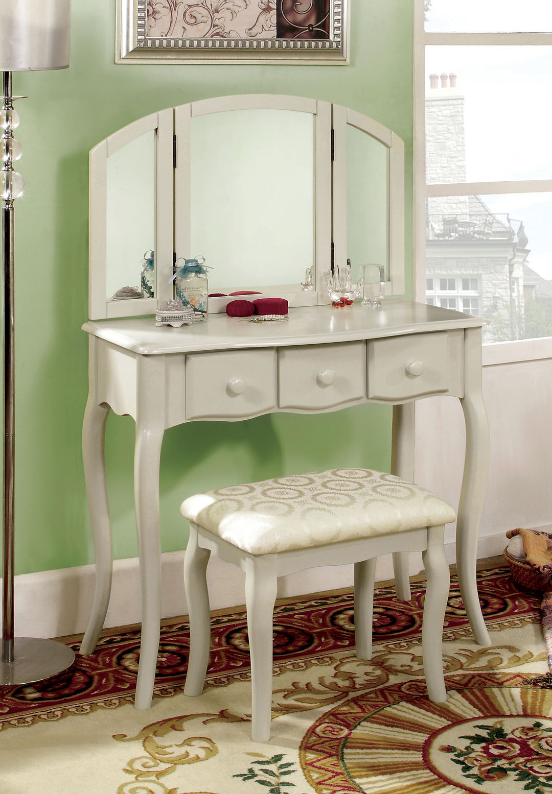 Vanitytableshop Com Unveils Classical Style Queen Anne