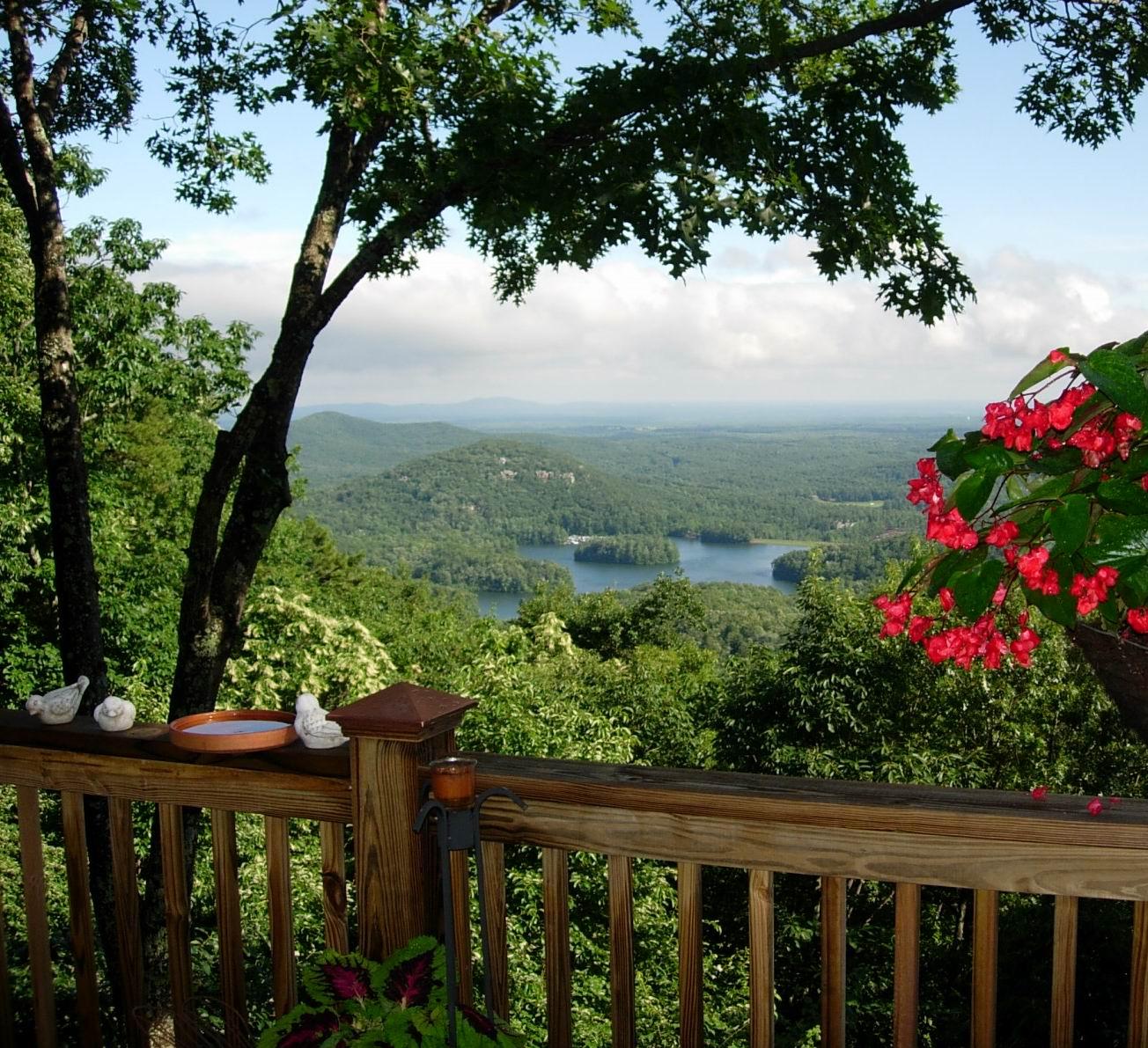 Real Estate Scorecard Celebrates New Amenity At Big Canoe