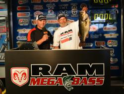 2013 Ram Mega Bass with his winning fish