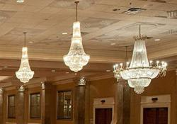 Goldeangeusa.com - Crystal Chandeliers