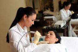 Semi permanent make-up application