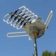 Amplified HDTV Antenna complete with 360 degree rotation to pick up UHF, VHF and FM Radio signals