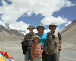 Lhasa local travel agency www.tibetctrip.com offers affordable Tibet family tours programs.