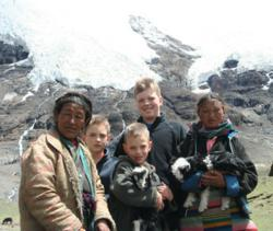 Tibet family tours programs are affordable and flexible with local Tibet travel agency.