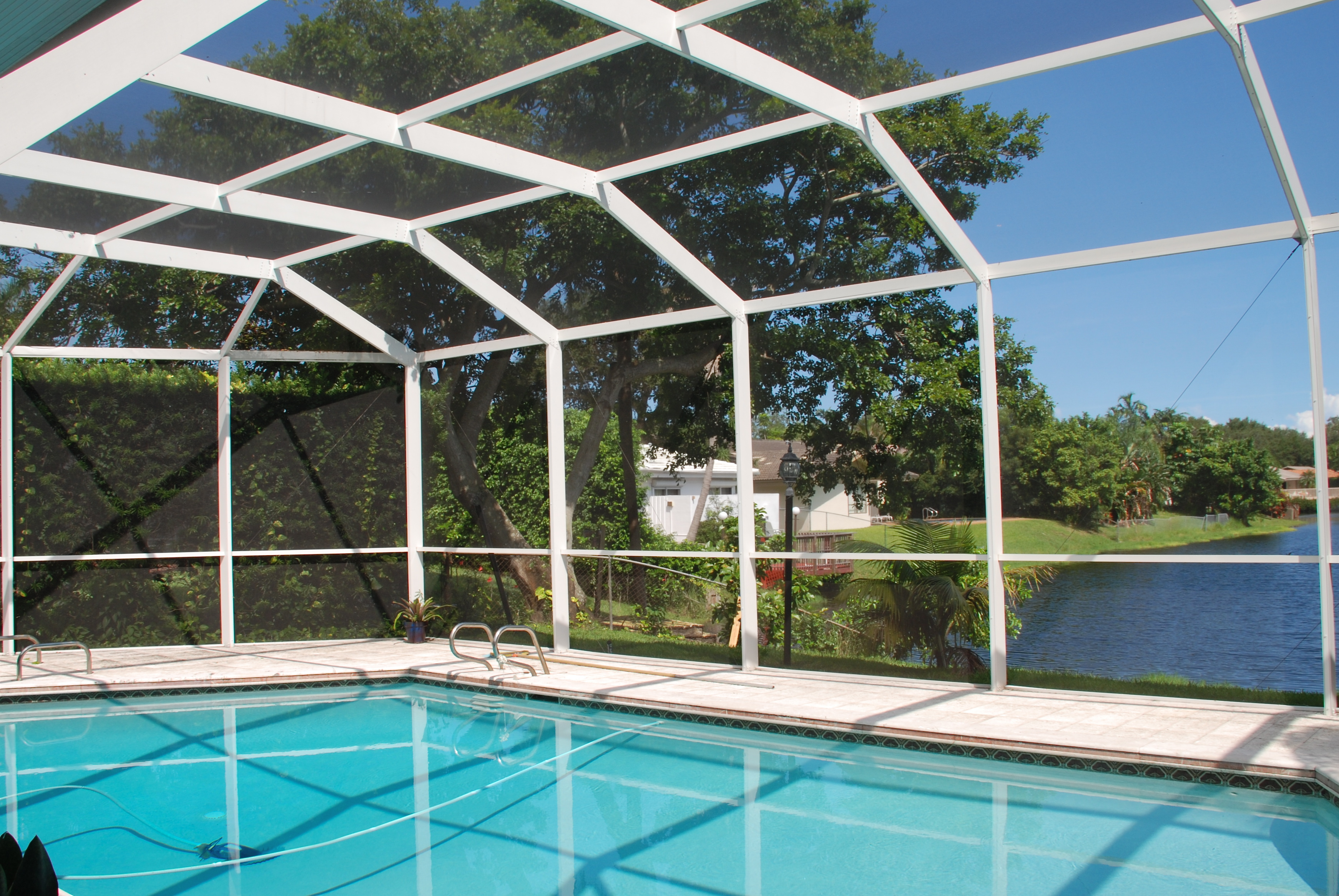 Sales leads soar in 1st half for palmetto bay sunrooms for Swimming pool enclosures cost