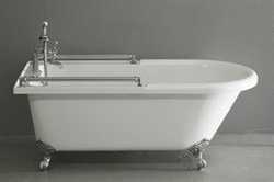 Classic Towel Bar Clawfoot Tub