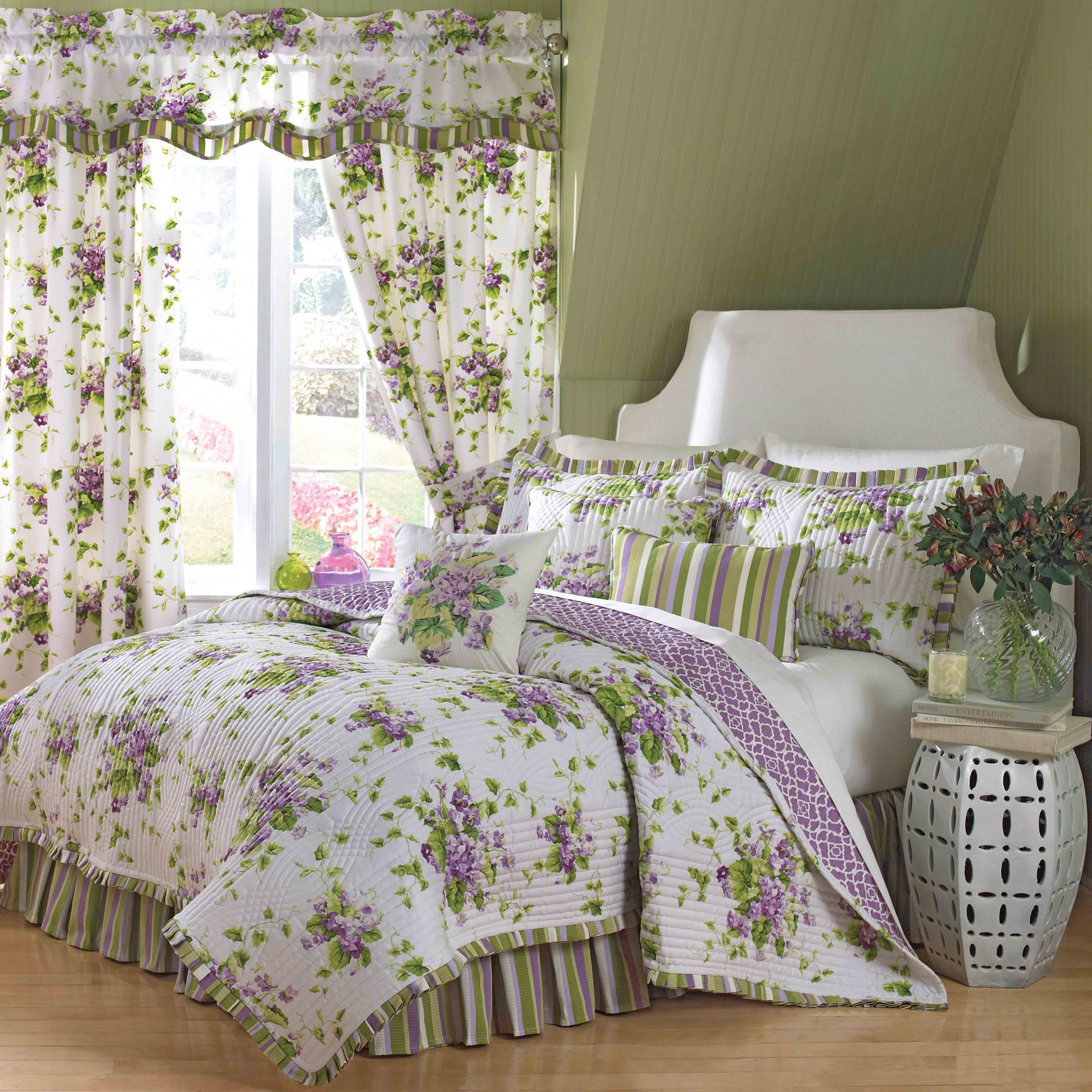 The Home Decorating Company Ellery Homestyles Shares Tips For Creating The Perfect Floral Bedroom