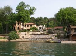 luxury properties on Austin lakes
