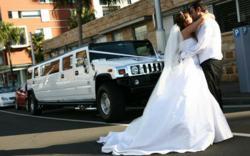 Connecticut's 18 Passenger Wedding Hummer Limousine