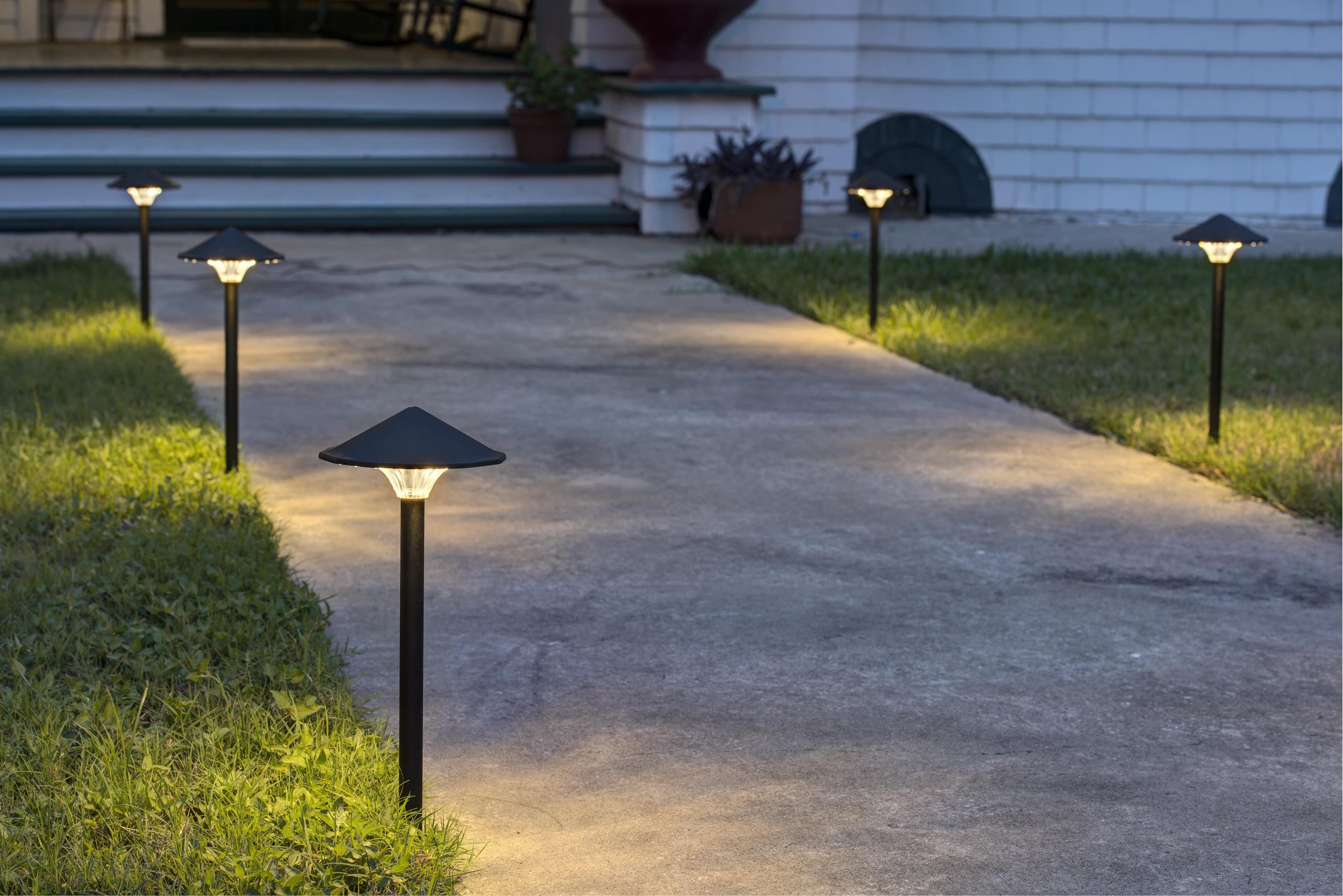 the empress landscape light garden light path light. Black Bedroom Furniture Sets. Home Design Ideas