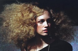 How to tame curly hair
