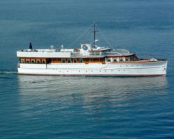 Presidential Yacht donated to WishGivers.org Feel-Good Fridays campaign