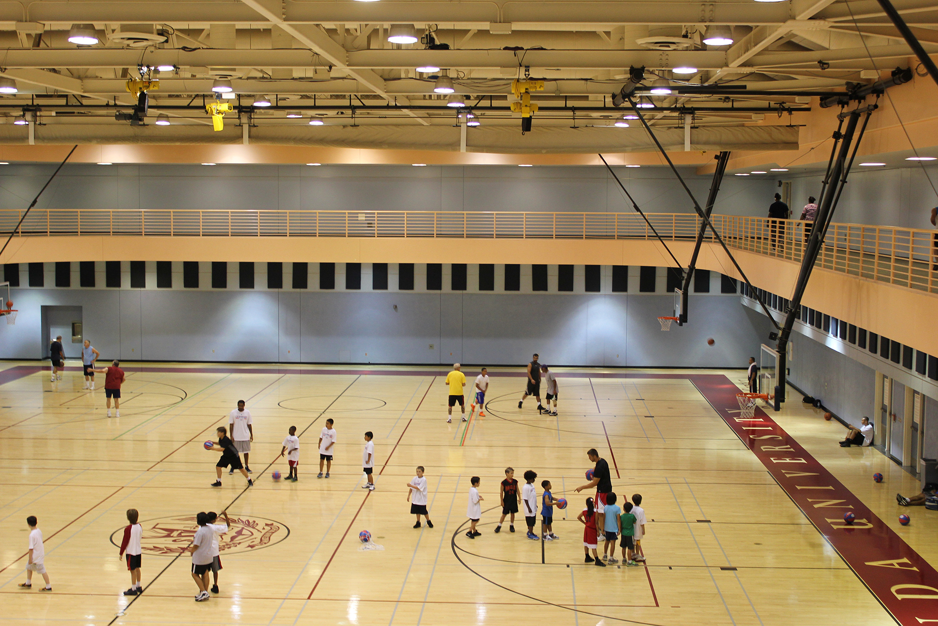 Loma Linda University Drayson Center Hosts Los Angeles Clippers Basketball Camp