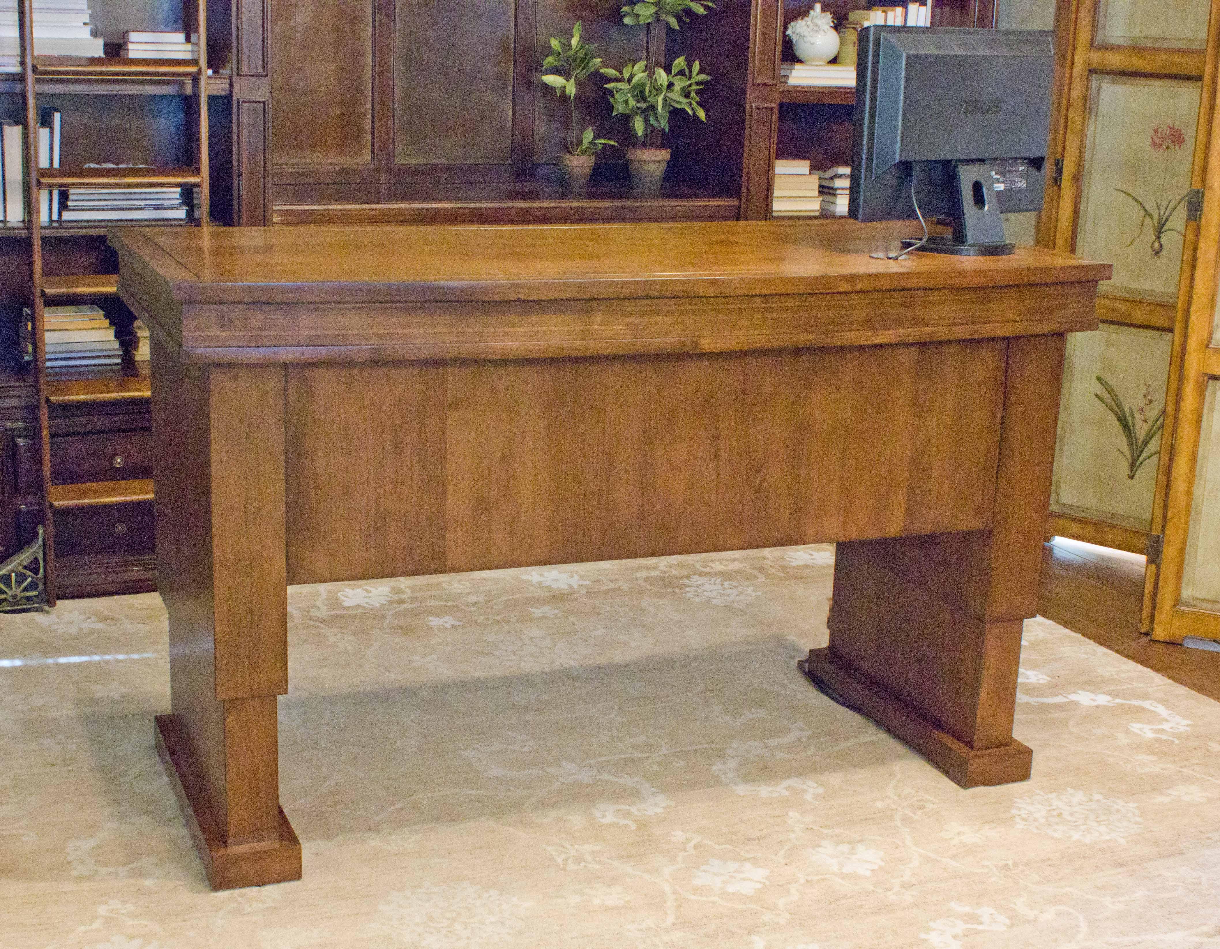 Executive Desk Height Adjule Side Led On Bookshelf