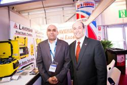 Jeffrey Bleich visiting Laversab booth