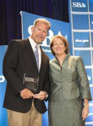 Helicopter Pilot School CEO John Stonecipher Accepts SBA Award