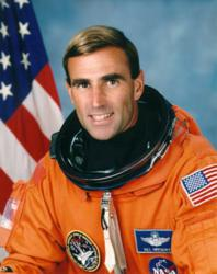 Astronaut 'Borneo' Bill Gregory Joins APS Upset Recovery Training Team in Arizona