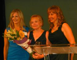 LemonZest Marketing's Joan Muschamp honored with Rising Star Award