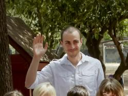 Pasadena Waldorf School, a private school in Pasadena, CA, has announced Justin Loeser as the new first grade teacher starting in 2013