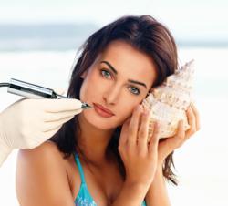 Conture® Make-up in Beach