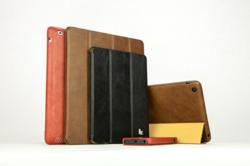 Vintage Family Collection is hand-made with premium leather.