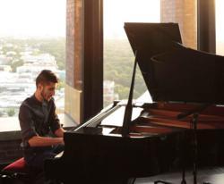 Isfar Sarabski, a jazz pianist from Azerbaijan, performed at the TEAS concert in Berlin