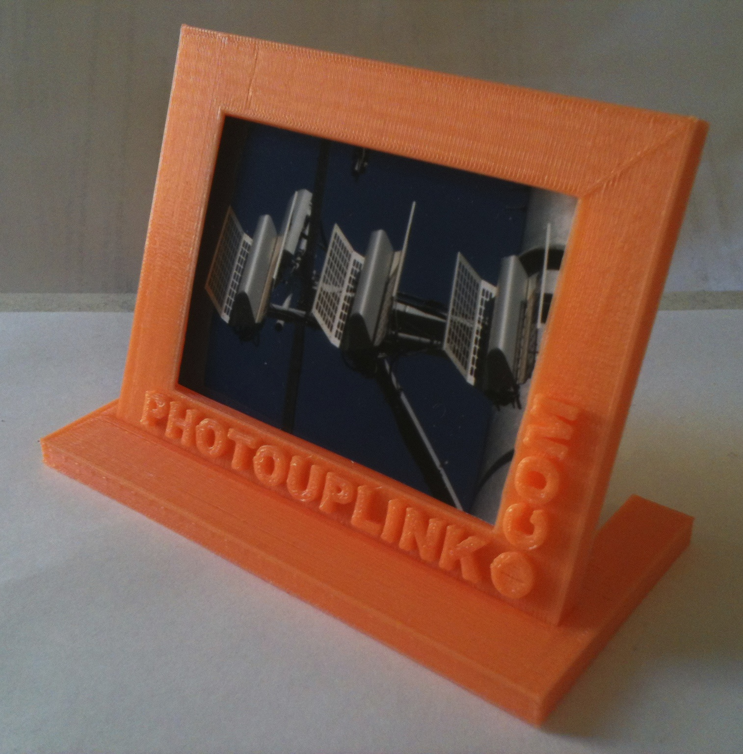 PhotoUpLink Picture Frame Now Available For Home 3D Printers