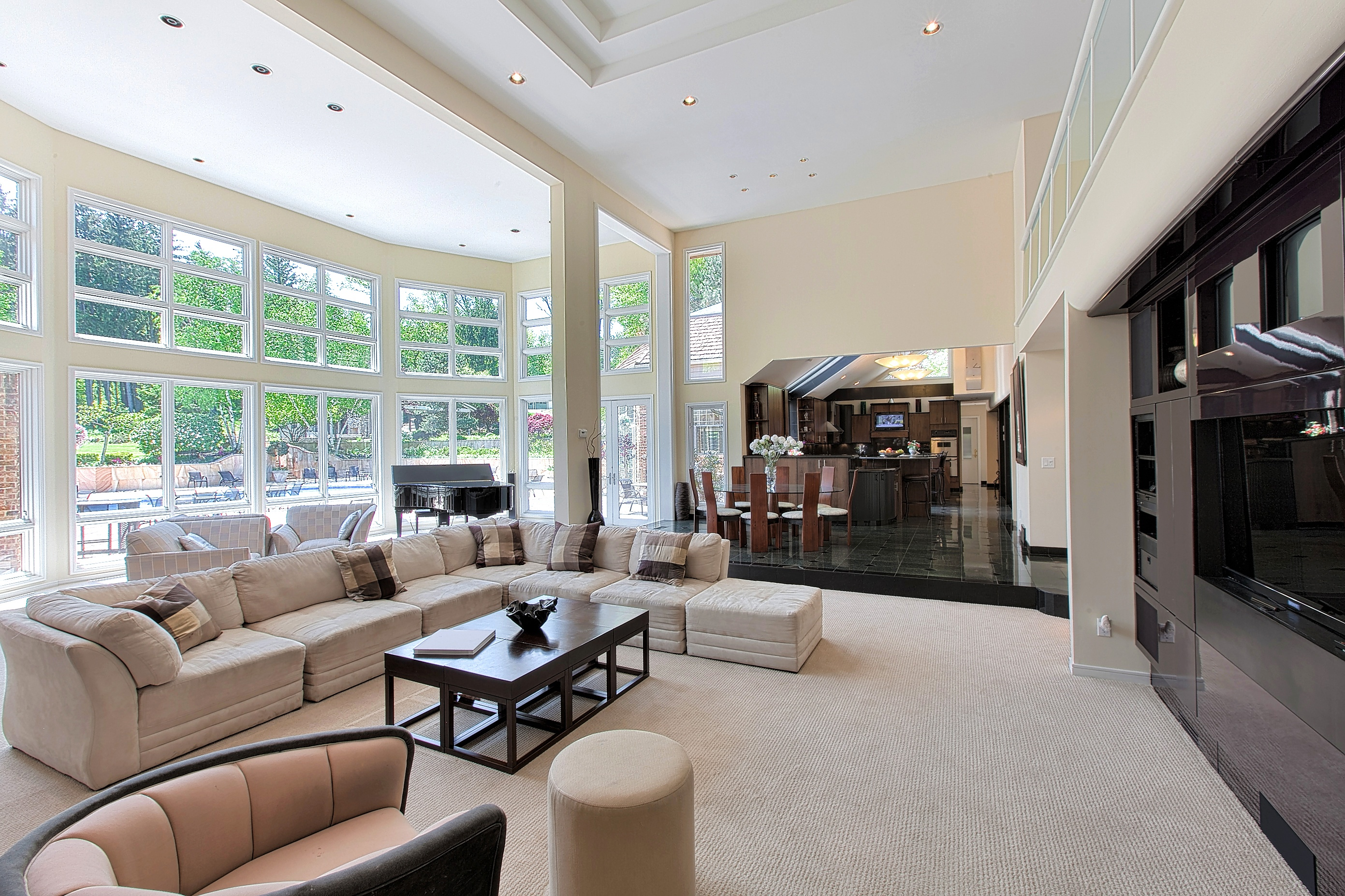 Gallery in addition Interior additionally Rochester In Kent Is Having A Miniboom Goodvalue Homes Within A 35minute  mute To London A98406 in addition Cushions further Jean Louis Deniot Tastemaker. on luxury home interiors