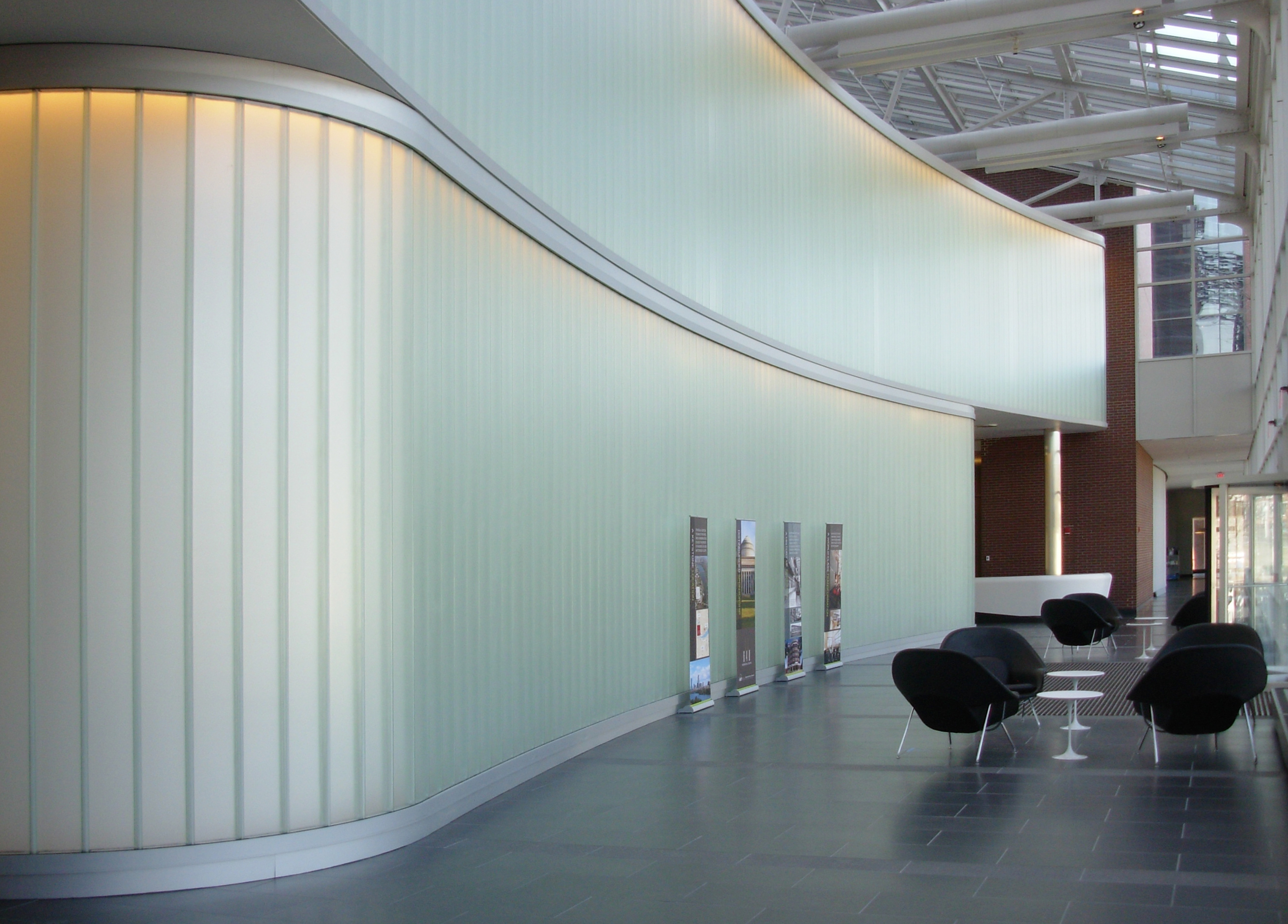 Bendheim Wall Systems Adds Modern Design Element To