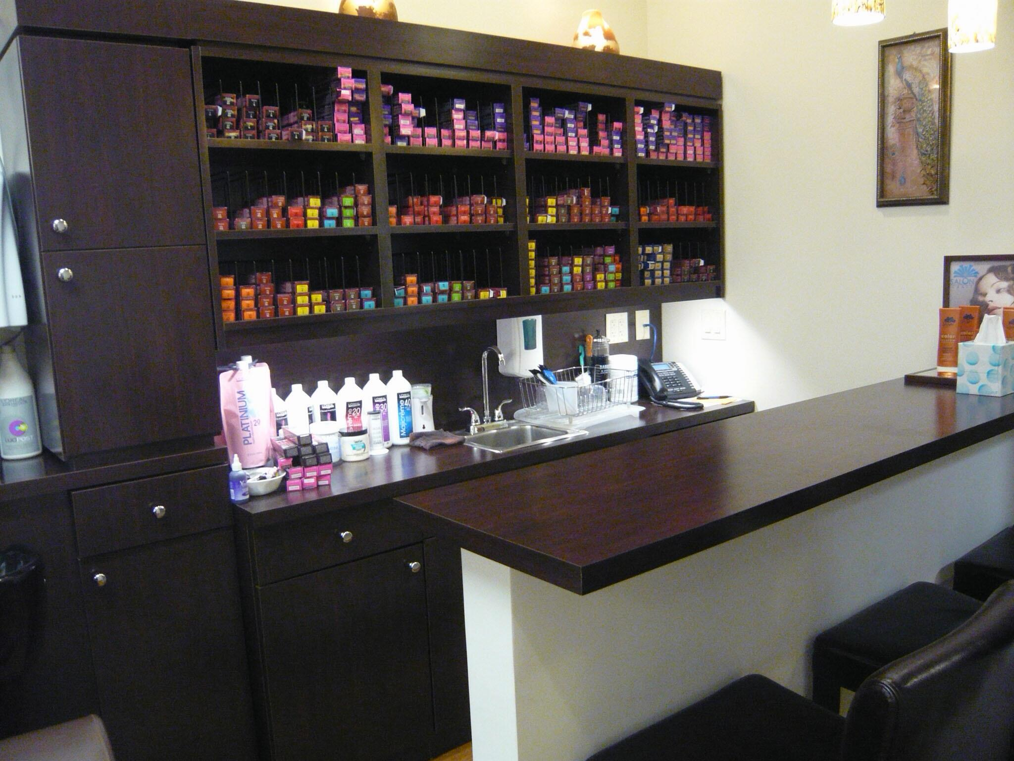 Lutherville timonium salon craft hair salon implements for A salon to dye for