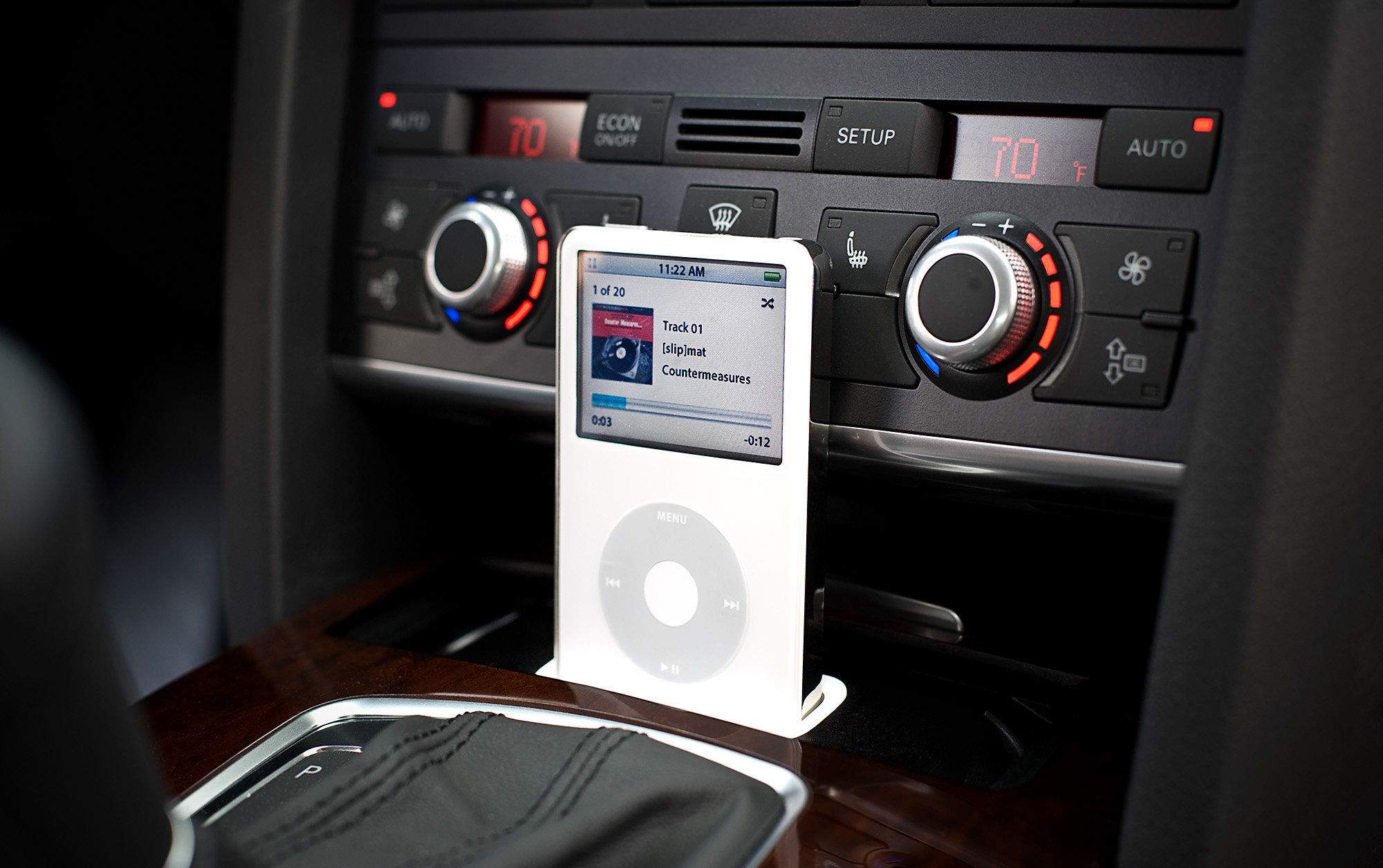car iphone dock for audi now updated with. Black Bedroom Furniture Sets. Home Design Ideas