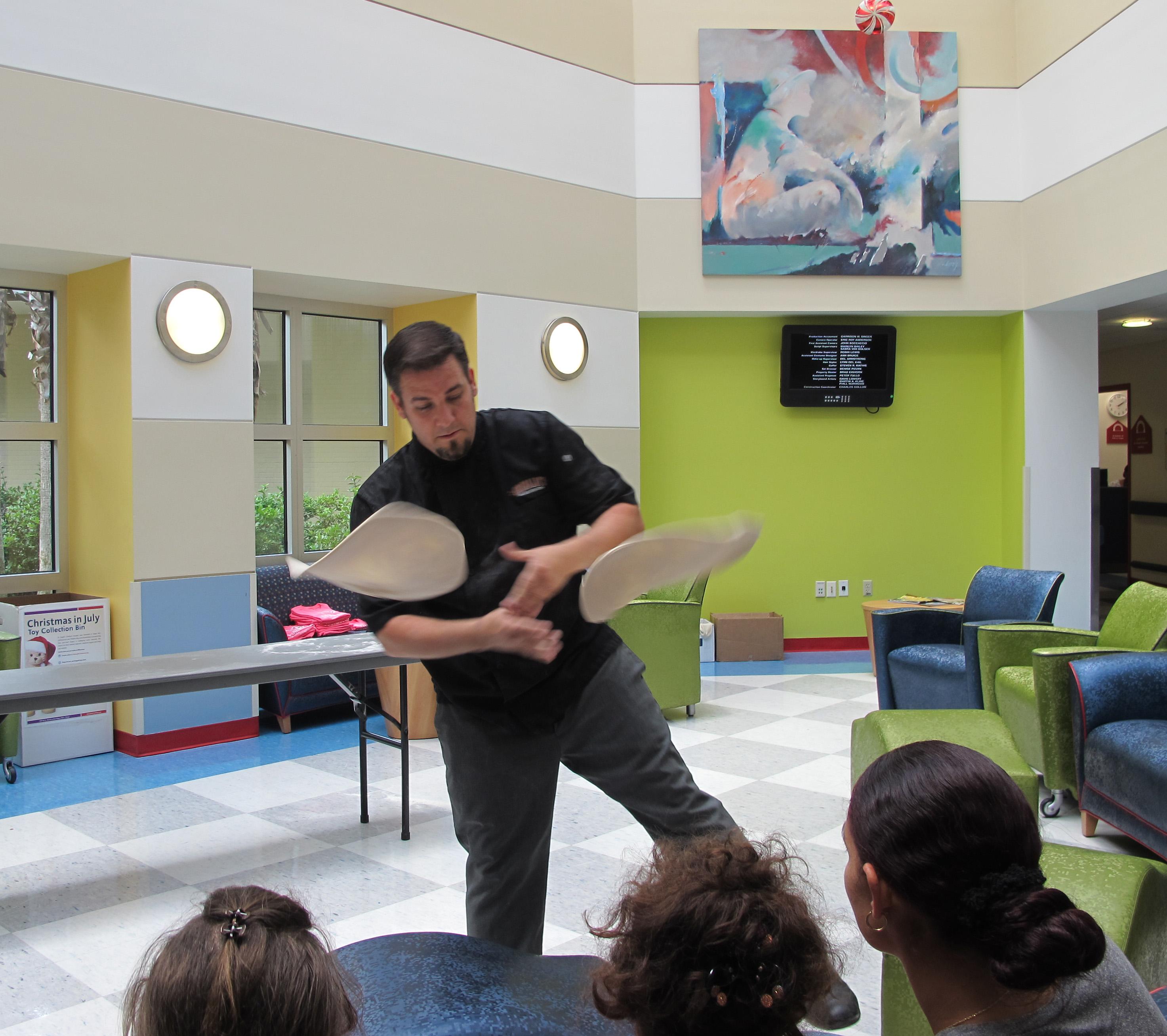 Grimaldi\'s Pizzeria Pizza Thrower Tosses Dough to Entertain Kids at ...