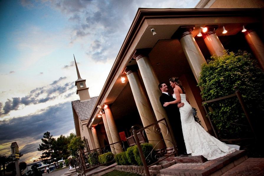 Wedding Of Flowers Las Vegas : Chapel of the flowers and bring love weddings