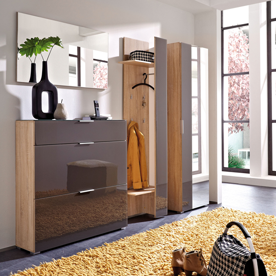 Bring Functionality In Your Homeu0027s Hallway With Perla Graphite Glass Hallway  Furniture In Canadian Oak Finish