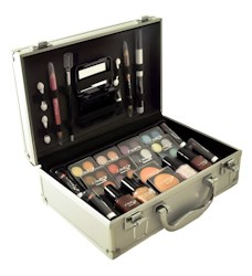 Lady de Cosmetic Complete Professional Makeup Sets