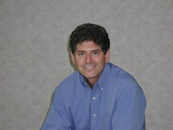 Dr. Wayne Yarbrough is a periodontist in Montgomery, AL