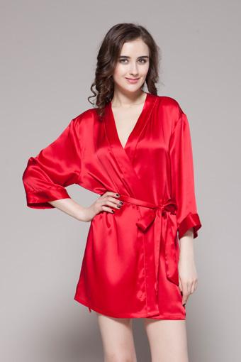 Lilysilk Adds Two New Styles To Its Silk Sleepwear