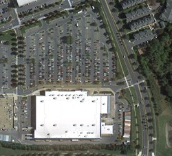 Satellite image of Walmart store parking lot