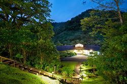 El Silencio Lodge & Spa in Costa Rica is flanked by two national parks.