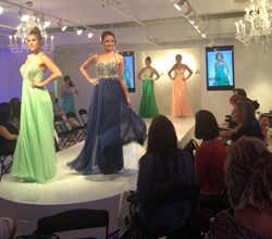 Faviana unveils its new prom dresses collection
