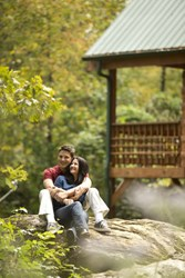 According to Jackson Mountain Homes, couples will appreciate all the fun and exciting things to do in the scenic Smoky Mountains.